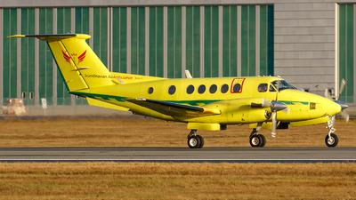 A picture of SEKFP - Beech B200C Super King Air - Babcock Scandinavian AirAmbulance - © Laszlo Fekete