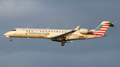 A picture of N537EA - Bombardier CRJ702ER - American Airlines - © Johannes Reichert