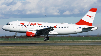 A picture of OELDG - Airbus A319112 - Austrian Airlines - © Marin Ghe.