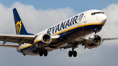 A picture of 9HQCN - Boeing 7378AS - Ryanair - © Pablo Marín