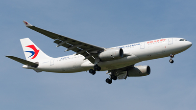 B-6545 - Airbus A330-243 - China Eastern Airlines