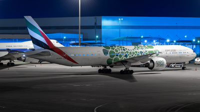A6-EPL - Boeing 777-31HER - Emirates