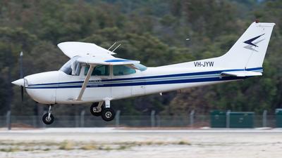 VH-JYW - Cessna 172P Skyhawk II - Private