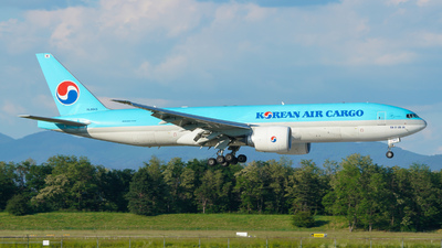 HL8045 - Boeing 777-FB5 - Korean Air Cargo