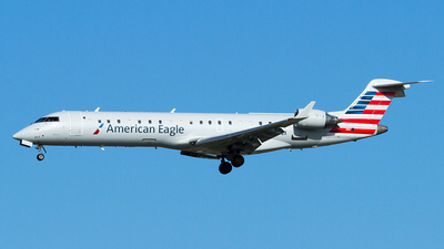 N617QX - Bombardier CRJ-701 - American Eagle (SkyWest Airlines)