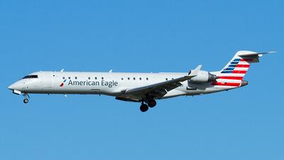 A picture of N617QX - Mitsubishi CRJ701ER - [10130] - © Eric Siebeneicher
