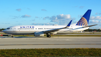 N78506 - Boeing 737-824 - United Airlines