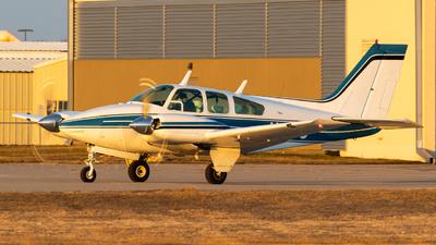 A picture of N413J - Beech 95B55 Baron - [TC831] - © Alex Crail