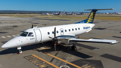A picture of VHXUD - Embraer EMB120ER Brasilia - [120140] - © Caleb Hotz