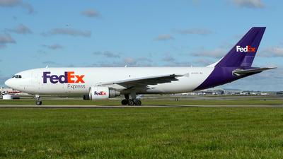 A picture of N740FD - Airbus A300B4622R(F) - FedEx - © Carlos Barcelo