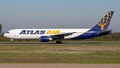 A picture of N641GT - Boeing 76738E(ER) - Atlas Air - © Gerrit Griem