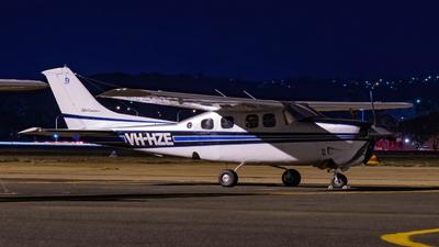VH-HZE - Cessna P210N Pressurized Centurion II - Private
