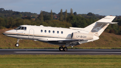 LY-BGH - Hawker Beechcraft 750 - Charter Jets