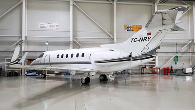 TC-NRY - Raytheon Hawker 900XP - Private