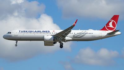 A picture of TCLSF - Airbus A321271NX - Turkish Airlines - © JonathanK