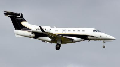 VH-UYX - Embraer 505 Phenom 300E - Private