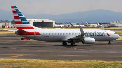 N983NN - Boeing 737-823 - American Airlines