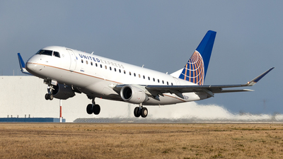 N162SY - Embraer 170-200LR - United Express (SkyWest Airlines)