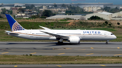 A picture of N24972 - Boeing 7879 Dreamliner - United Airlines - © HHD0221