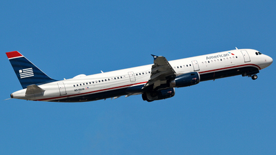 A picture of N578UW - Airbus A321231 - American Airlines - © Robert Maverick Rivera