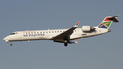 ZS-NBF - Bombardier CRJ-701 - SA Express