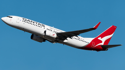 A picture of VHVZI - Boeing 737838 - Qantas - © Angus Fuller
