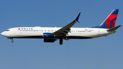 N808DN - Boeing 737-932ER - Delta Air Lines