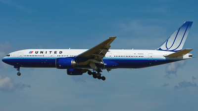 N768UA - Boeing 777-222 - United Airlines
