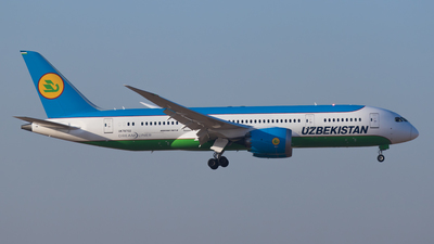 UK-78702 - Boeing 787-8 Dreamliner - Uzbekistan Airways