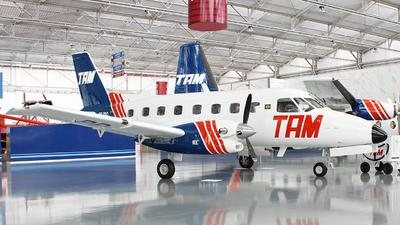 PP-SBG - Embraer EMB-110 Bandeirante - TAM Linhas Aéreas