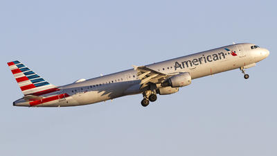 A picture of N173US - Airbus A321211 - American Airlines - © Jeremy D. Dando