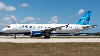A picture of N641JB - Airbus A320232 - JetBlue Airways - © Evan Dougherty