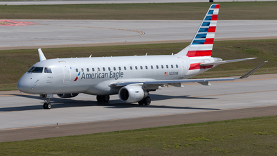 A picture of N233NN - Embraer E175LR - American Airlines - © Mike MacKinnon