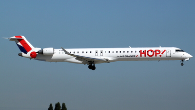 F-HMLI - Bombardier CRJ-1000EL - HOP! for Air France