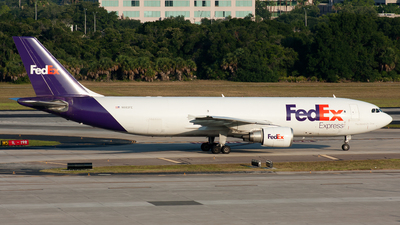 A picture of N683FE - Airbus A300F4605R - FedEx - © Ozell V. Stephens Jr.