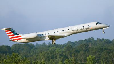 N942LL - Embraer ERJ-145LR - American Eagle (Envoy Air)