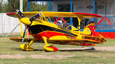 VH-PVB - Pitts Wolfpitts Pro - Paul Bennett Airshows