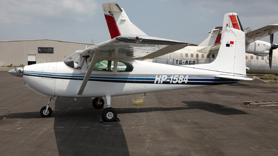 HP-1584 - Cessna 182A Skylane - Private