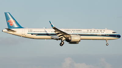 B-30EV - Airbus A321-253NX - China Southern Airlines
