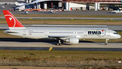 N502US - Boeing 757-251 - Northwest Airlines