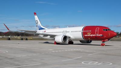 A picture of EIFYE - Boeing 737 MAX 8 - Norwegian - © Rolf Jonsen