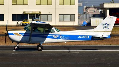 JA3854 - Cessna 172N Skyhawk II - Flight Club Sky Shaft