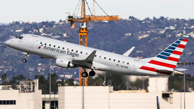 A picture of N211NN - Embraer E175LR - American Airlines - © Graham Dinsdale Collection