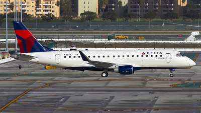 N250SY - Embraer 170-200LR - Delta Connection (SkyWest Airlines)