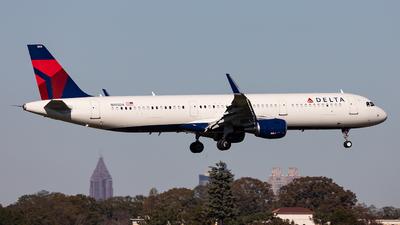 N105DX - Airbus A321-211 - Delta Air Lines