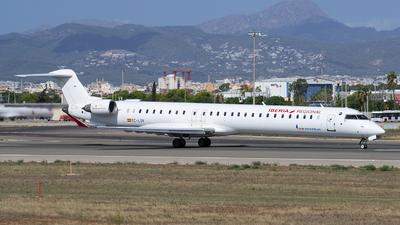 A picture of ECLOV - Mitsubishi CRJ1000 - Iberia - © Martin Bernict
