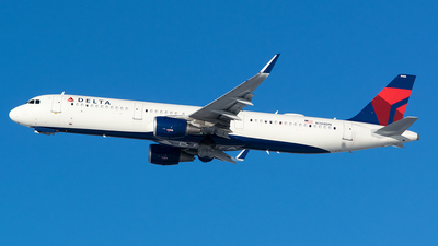 A picture of N388DN - Airbus A321211 - Delta Air Lines - © John Newsome