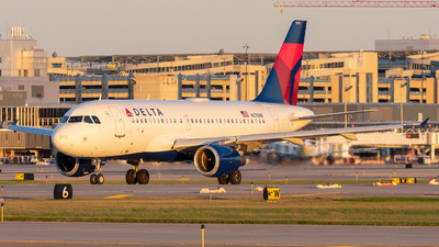 A picture of N370NB - Airbus A319114 - Delta Air Lines - © Lynden Westrich