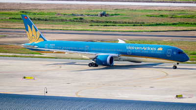 A picture of VNA879 - Boeing 78710 Dreamliner - Vietnam Airlines - © Bao Nguyen Huy
