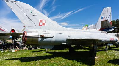1808 - Mikoyan-Gurevich MiG-21PF Fishbed - Poland - Air Force